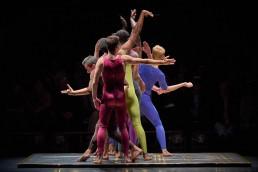 Heroes – La Compagnie de Soi & Le 104 Paris Contemporary Street Dance